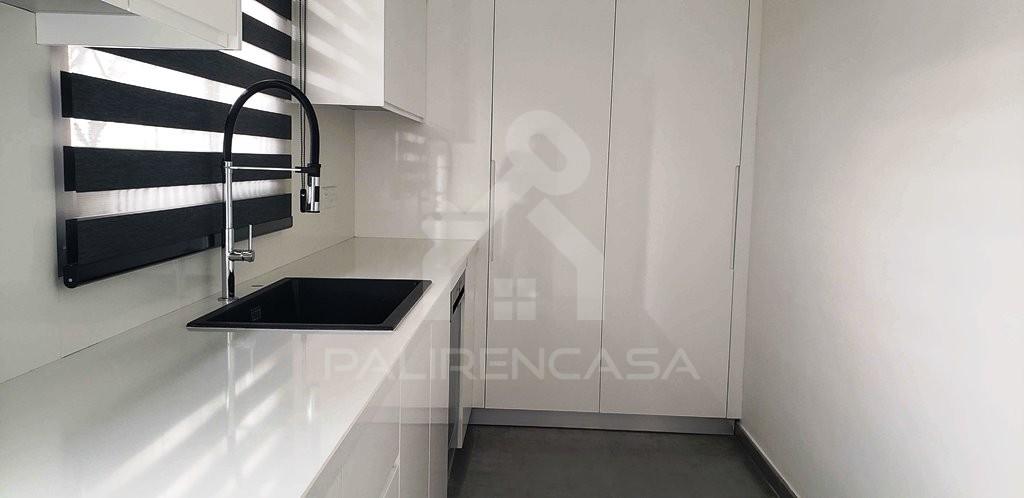 03 Demos House auxiliary kitchen