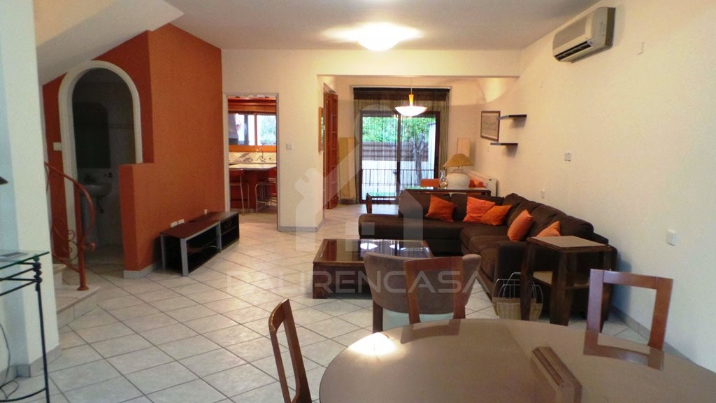 5-Bedroom Semi-Detached House in Strovolos