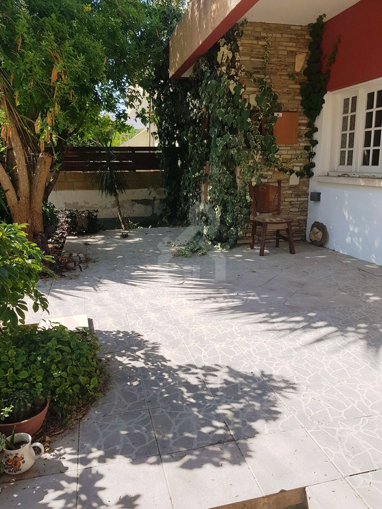 3-Bedroom Semi-Detached House in Strovolos