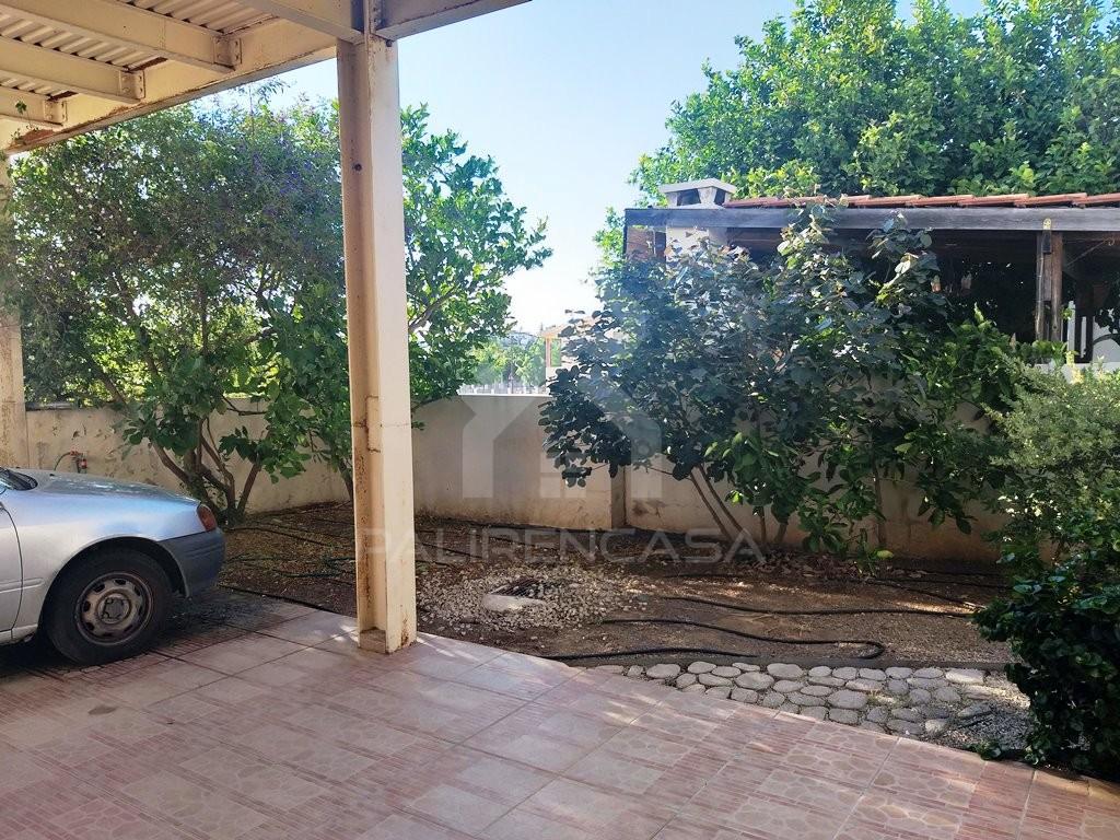 4-Bedroom Detached House in Kallithea