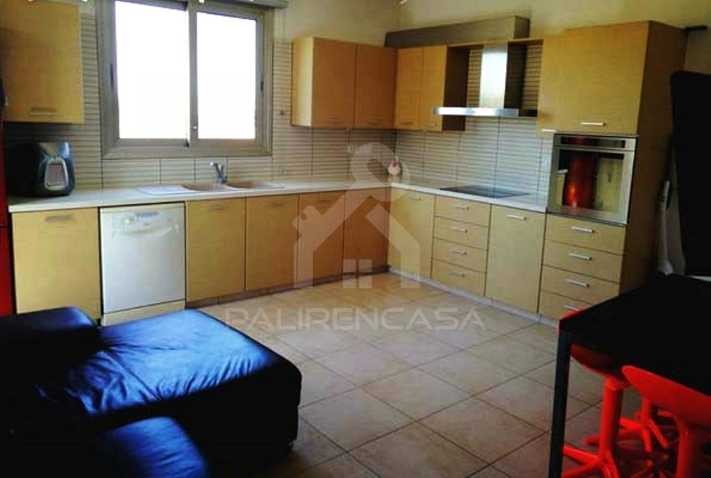 5-Bedroom Semi-Detached House in Ilioupoli