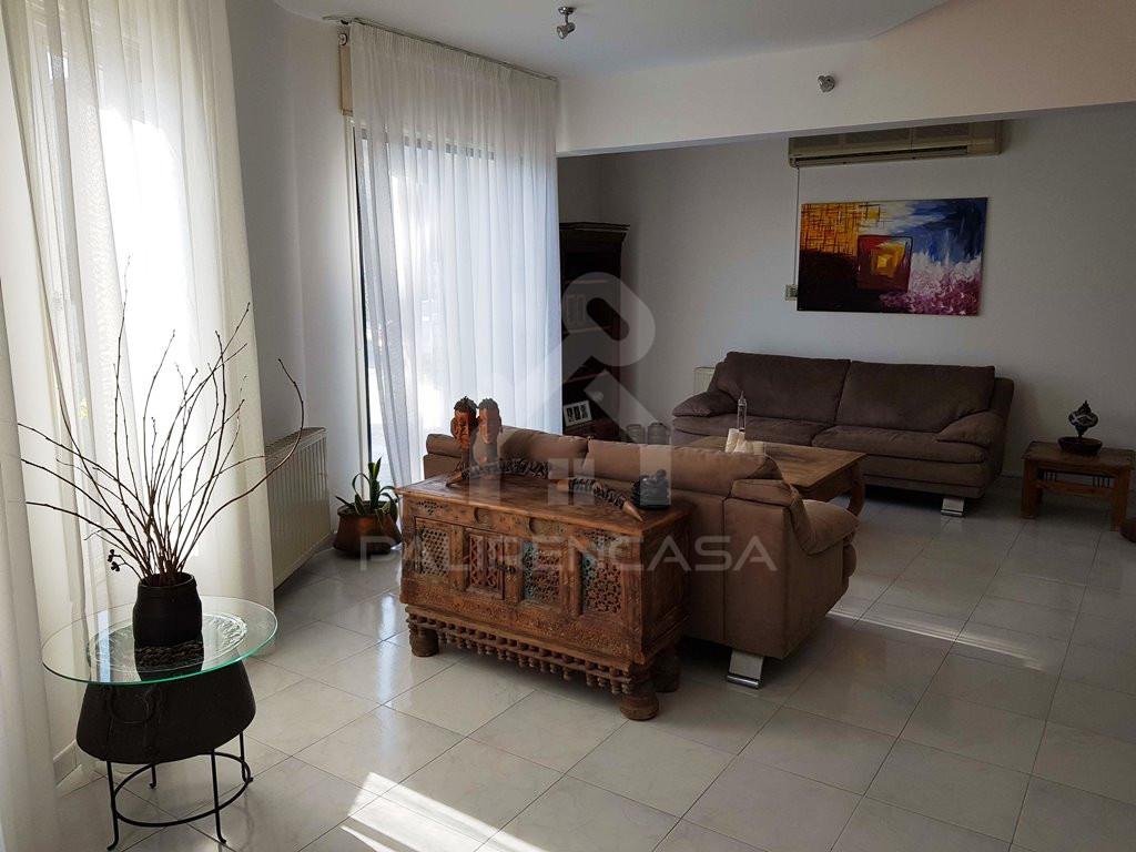 4-Bedroom Detached House in Makedonitissa