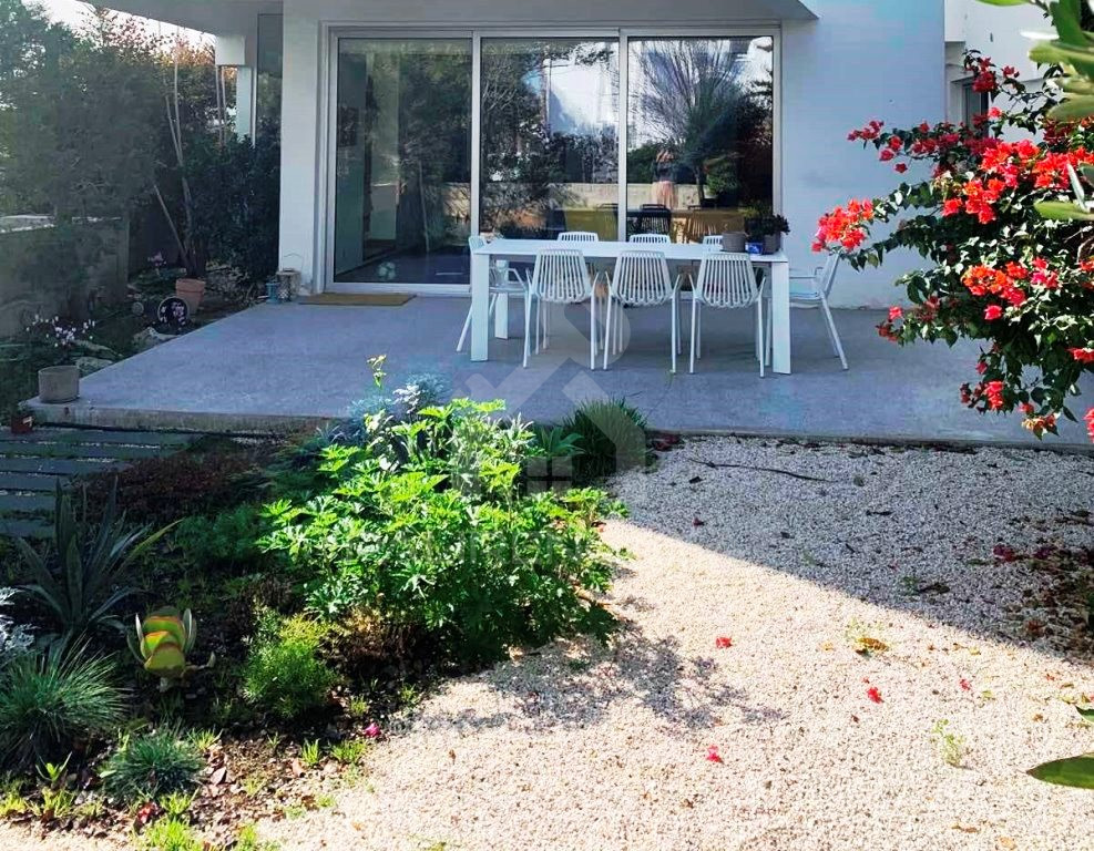 4-Bedroom Detached House in Strovolos