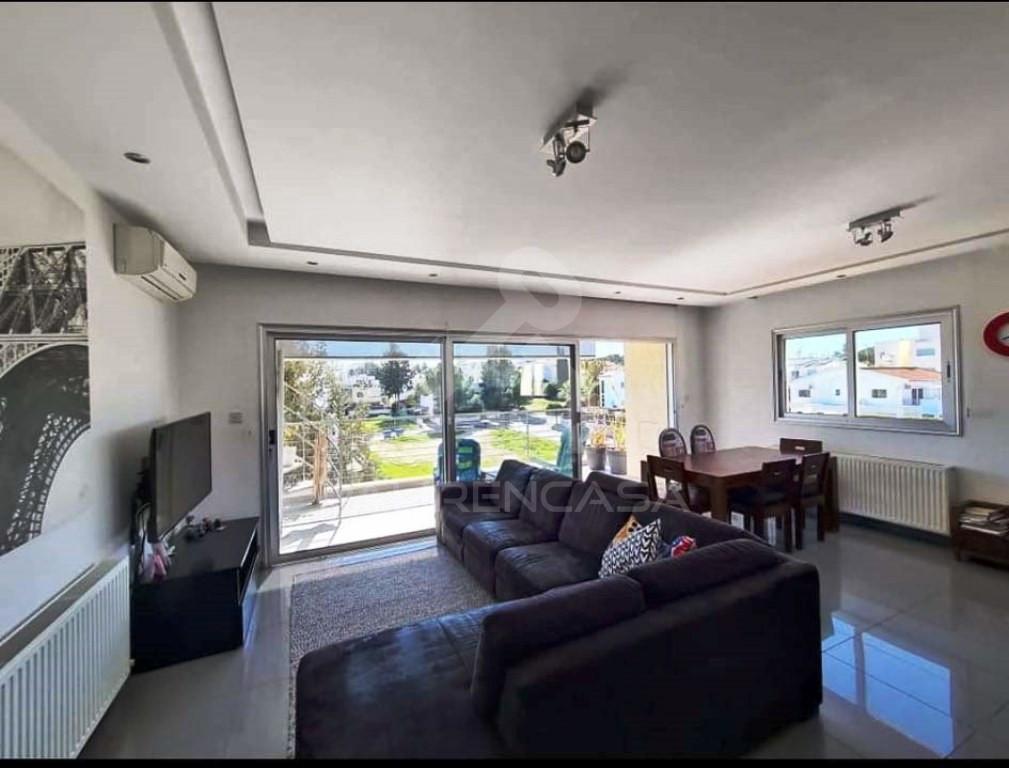 3-Bedroom Penthouse in Makedonitissa