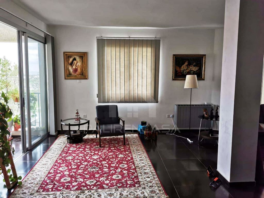 3-Bedroom Penthouse in Kallithea