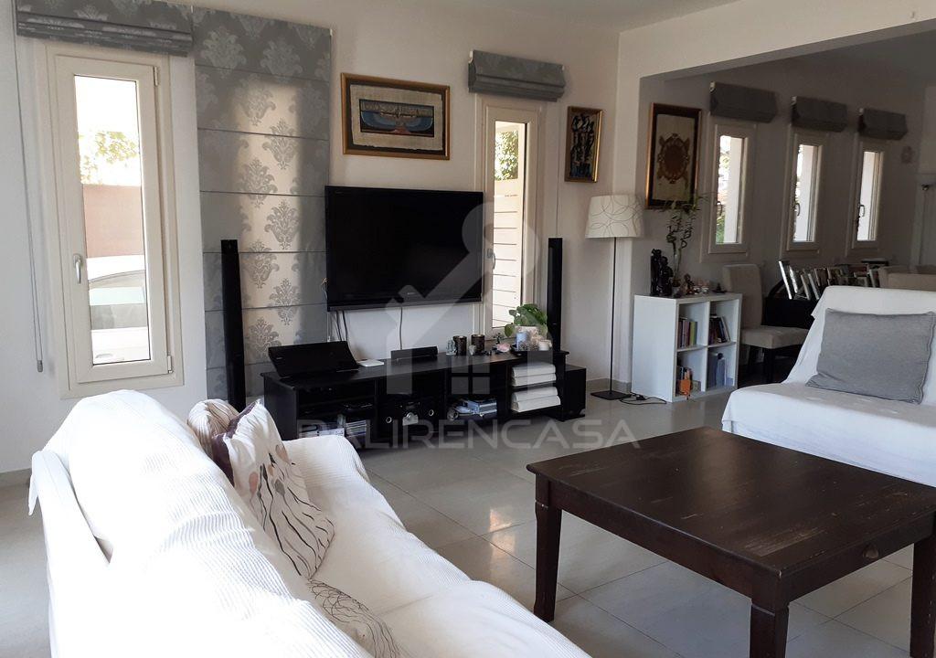10 Lounge Room