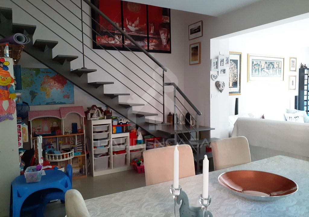 13 Dining - Under Stairs