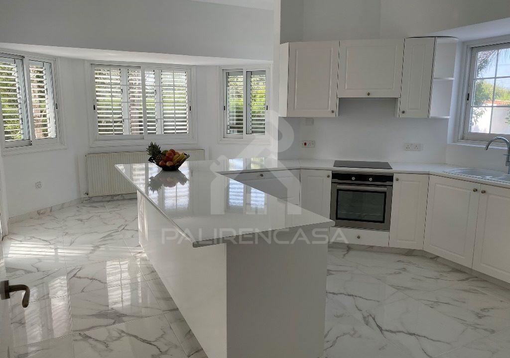 22 Fully Renovated Kitchen