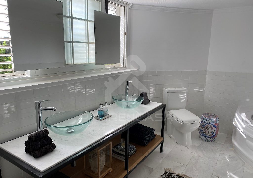 57 Main Bathroom
