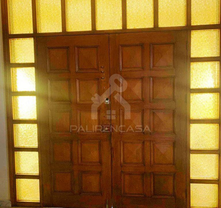 Lakatamia_house_01_entrance_door