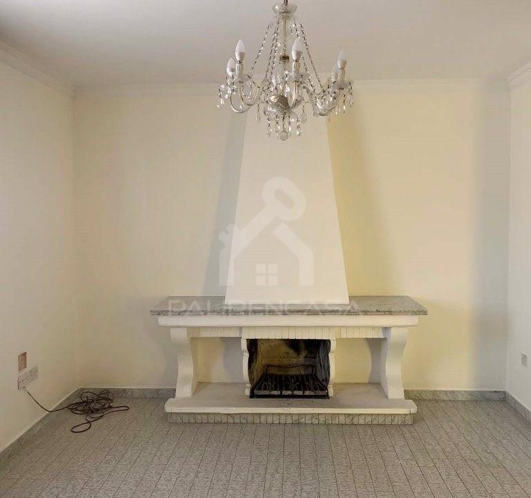 Lakatamia_house_06_living_room_b_fireplace