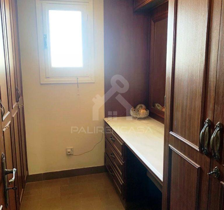 Lakatamia_house_22_bedroom_master_closet